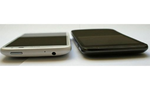 Design und Verarbeitung  Während Samsung den Kopfhöhrer-Anschluss direkt neben dem microUSB-Eingang auf der Fußseite platziert, findet man ihn bei HTC wie gewohnt neben der Power-Taste. © connect