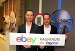 Ebay-Geschäftsführer Martin Tschopp und Pay Pal-Deutschlandchef Arnulf Keese im neuen Berliner Laden: »Unsere Einkaufsgewohnheiten werden sich stark verändern« © Ebay