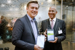 Sascha Lekic, Director Sales B2B im Bereich IT & Mobile Communications und Marcus Jacob, Product Manager Note PC & Tablet bei Samsung(Foto: Samsung)