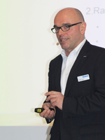 Gastgeber und Datech-Chef Jörg Lauer hielt die Eröffnungsrede zum Motto »Transform to win!« (Bild: Tech Data)
