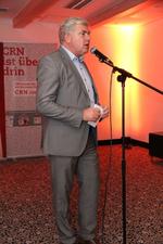 CRN-Chefredakteur Martin Fryba leitete die Preisverleihung ein (Foto: CRN)