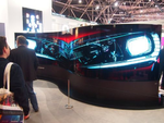 LG zeigte beeindruckende Lösungen vom Curved OLED Screen …(Bild: CRN)