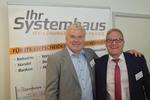 CRN-Chefredakteur Martin Fryba begrüßt Karsten Agten vom Systemhaus IT-On.NET (Foto: CRN)