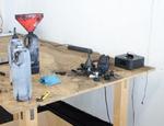 In dieser Werkstatt wurden gebrauchte Toner von der Bande wiederbefüll ... (Foto: Zoll Frankfurt)