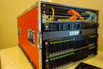 Im Mittelpunkt der Veranstaltung standen die All-Flash-Systeme des Herstellers, darunter die neuen »AF250 S2«, hier zu Demozwecken im Zusammenspiel mit einem »RX2530 M2«-Server (Foto: Fujitsu)