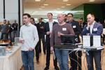 Gespannte Zuhörer, als der Cloud-Distributor die Besucher begrüßt (Foto: Acmeo)