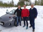 Noch wissen Jan Kapitza von Buffalo und die beiden Buffalo-Partner Dennis Nicola (Prokom) und Andreas Kühne (Com Elektronik Kühne) noch nicht, was sie erwartet (Foto: Buffalo)...