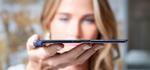 Huaweis »Mate X« ist zum Tablet ausgeklappt gerade mal 5,4 Millimeter dick. (Foto: Huawei)
