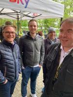 Robert Weiß (Estos,) Dennis Toborek und Jürgen Schnitzler (Swyx) sowie Maik Goldschmid (Komsa) warten, dass es endlich losgeht