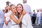 So schön feierten die Damen auf dem WEKA-Sommernachtsfest
