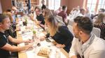 Die Gäste nutzten das anschließende Dinner im Würzburger Weingut am Stein zum  Networking (Foto: DexxIT)