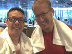 Eine Runde Sport im hoteleigenen Fitnessstudio gönnen sich Stephan Viehoff und Sven Wulf, bevor die Inspire losgeht.(Bild: Stephan Viehoff)