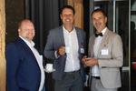Ließen sich die Veranstaltung natürlich nicht entgehen: Volker Lehnert (links), Thomas Hoffmann und Andreas Bortoli (rechts, alle C-entron), der später nochmals die Bühne enterte.