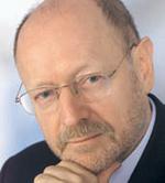 »Die zentrale Berechtigungsverwaltung und die Automatisierung der Prozesse über diese zentrale Komponente ist das Kernstück von Identitätsmanagement.« Professor Dr. Dr. Gerd Rossa, Geschäftsführer der Firma Institut für System-Management