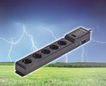 Sommergewitter: Elektrische Geräte vor Spannungsspitzen schützen