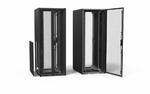Server-Schränke und Zubehör für komplexe Rechenzentren