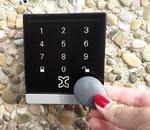 Kentix: Zutrittssystem mit kabelgebundenem IP-Wandleser