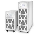 Schneider Electric mit Dreiphasen-USV für kleine und mittlere RZs